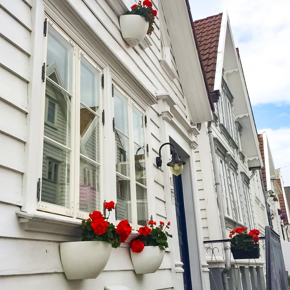Vikesaa Vindu * Stavanger Gammlebyen - Gammelt hus med 2-fags vindu - På den gode gamle måten